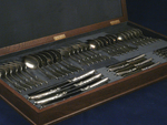 A set of cutlery - 50000$